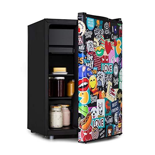 KLARSTEIN Cool Vibe - Frigorifero, Classe Energetica F, VividArt Concept: Sportello Con Stampa Piena di Coloratissimi Adesivi, Vano Freezer, Forma per Cubetti, Rumorosità: 42 dB, Volume: 70 L, Nero