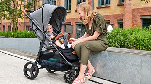 Kinderkraft Lightweight Stroller Grande, Stylish Pushchair, Baby Buggy, Foldable, Lying Position, Big Ajustable Hood, with Accessories, Rain Cover, Footmuff, from Birth to 3.5 Years, 0-15 kg, Gray kk KinderKraft BIG, ADJUSTMENT HOOD - Very large sun/wind shade, which may be extended by using the zip fastener COMFORT AND CONVENIENCE - Wide seat providing comfort and ensuring a long period of using the pushchair EASY HANDLING - Front swivel wheels provide easy manoeuvring, they may be locked for the straight-ahead drive. All four wheels with bearings and shock absorbers 6