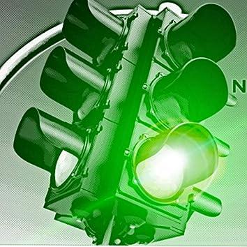 Green Light (feat. Big 83)