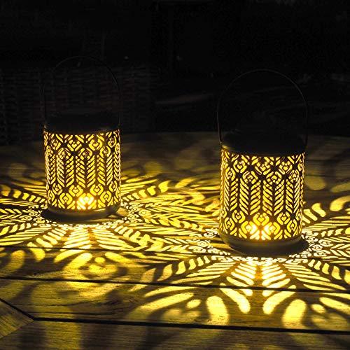 Gadgy Solarlaterne für Außen Hängend | 2 Stück mit Pfau-Motiv | Solar Laternen für Draußen | LED Laterne aus Schwarz Metall | Gartenlaternen Wasserdicht