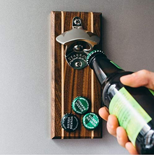 Favori des hommes bouteille décapsuleur mural aimant type bouteille décapsuleur réfrigérateur aspiration bouteille couvercle tournevis.