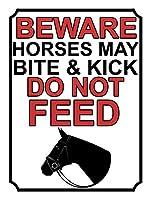 馬に噛まれたり蹴られたりしないように注意してください メタルポスタレトロなポスタ安全標識壁パネル ティンサイン注意看板壁掛けプレート警告サイン絵図ショップ食料品ショッピングモールパーキングバークラブカフェレストラントイレ公共の場ギフト