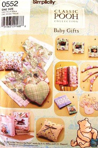 Simplicity 0552 ou 4642 Winnie l'Ourson Cadre pour bébé Motif Artisanat Sac à langer, oreillers, housse d'album, bavoir, couverture, matelas à langer.