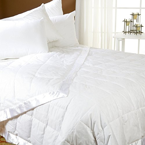 Pacific Coast Feather Down Blanket Size: Queen, Color: White