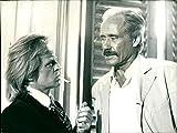 Klaus Kinski und Mel Ferrer - Vintage Press Photo