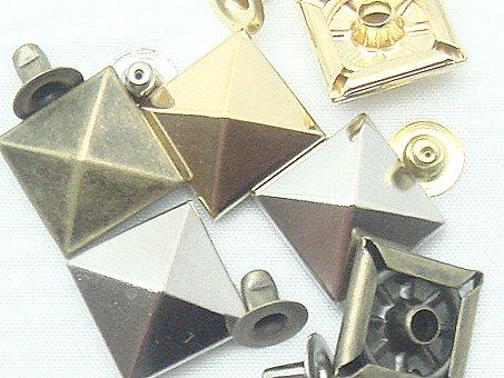 飾りカシメ角ピラミッド (シルバー, 特大角ピラミッド 13ミリ 100個セット)