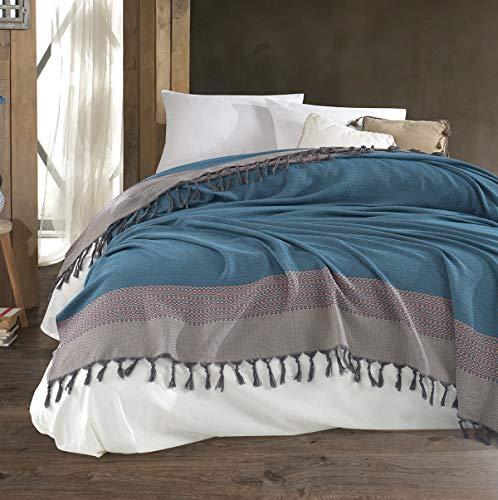 Belle Living Artemis Tagesdecke Überwurf Decke - Wohndecke hochwertig - perfekt für Bett & Sofa, 100prozent Baumwolle - handgefertigte Fransen, 200x250cm (Schwarz) (Blau)