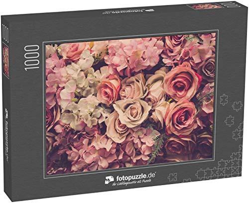 Puzzle 1000 Teile Rosa Rosen im Hintergrund. Retrofilter - Klassische Puzzle, 1000 / 200 / 2000 Teile, edle Motiv-Schachtel, Fotopuzzle-Kollektion 'Flora'
