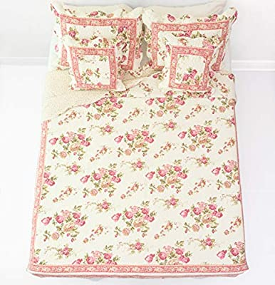 "Best Christmas holiday bedding sets"" border="