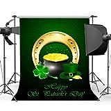 NiuXphoto St.Patrick's Day Backdrop 6X9FT Lucky Irish Shamrock Vinyl Backdrops Leprechauns' Hat Pot of Gold Green Four Leaf Clover Horseshoe Photography Background for Photo Studio Props LL140
