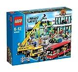 LEGO City 60026 - In citt: la piazza