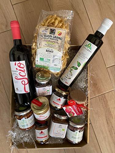 Box Cesto regalo varie occasioni la Sicilia a Tavola, prodotti selezionati della nostra azienda e terra