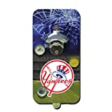 New York Yankees MLB Magnetic Clink 'n Drink Bottle Opener and Cap Catcher