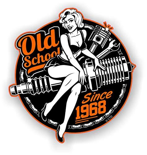 Oldschool Retro Pin-Up Girl Jahr 1968 Roundel Motorrad Vintage 50er Design Vinyl Autoaufkleber Aufkleber 90 x 85 mm
