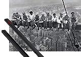 1art1 Nueva York Póster (91x61 cm) Almuerzo En Lo Alto De Un Rascacielos, 1932 Y 1 Lote De 2 Varillas Negras