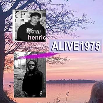 Alive1975 (feat. Filippa)