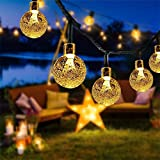 Guirnaldas Luces Exterior Solares, FOCHEA 7M Cadena de Bola Cristal Luz Impermeable 8 Modos de Iluminación para Jardín, Terraza, Boda, Fiesta, Patio, Árbol de Navidad (Blanco Cálido)