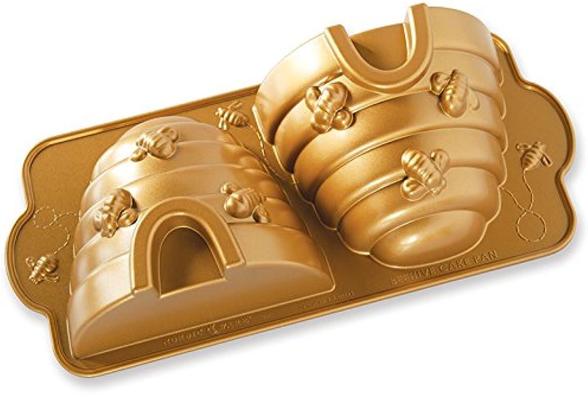 Nordic Ware 54577 Beehive Cake Pan One Gold