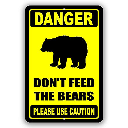Dangerous Please Do Not Feed The Bear Metal Tin Sign, Zoo Forest Tavern Man Cave Bear Club Novel and Interesting Bathroom Toilet Decoration 8X12Inch