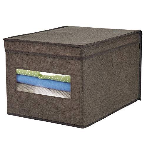mDesign Caja de almacenamiento apilable con ventana para el armario y el dormitorio – Caja organizadora grande con tapa fabricada en fibra sintética – Organizador de ropa – marrón espresso