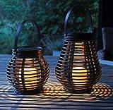 Gadgy Lampe Solaire Lanterne Set Rotin Effet | Marron Brun Plastique Marbré | 2 Pièces Forme de Larme et Ronde pour l'Extérieur | LED Eclairage Décoratif Jardin