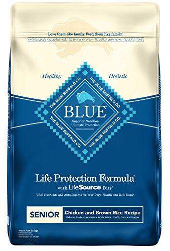 Blue Buffalo Life Protection Formula Senior Dog Food – Natural Dry Dog Food for Senior Dogs – Chicken & Brown Rice – 30 lb. Bag (596022)