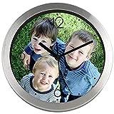 Gran Reloj de Pared Personalizado (con Logo, Foto o Imagen) · Carcasa de Aluminio Cepillado (Esfera B) · Mecanismo Silencioso · Reloj Cocina Pared con 4 Números · Incluye Caja Regalo