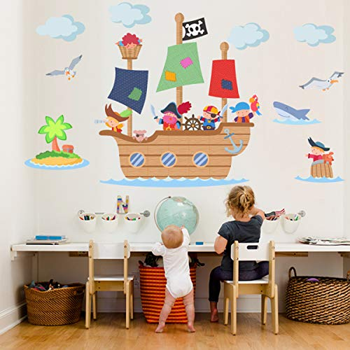 Vinilo decorativo infantil de barco pirata.
