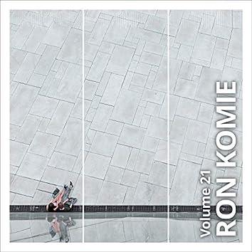 Ron Komie, Vol. 21