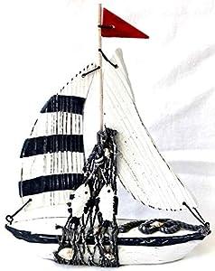 Deko Segelboot Boot Schiff Holz mit Fisch und Fischernetz Höhe 21cm