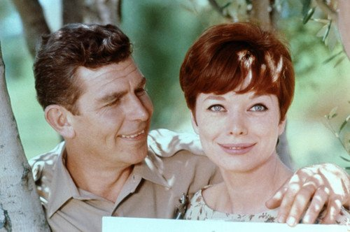 Póster (60 x 91 cm), diseño de Andy Griffith Smiles at Aneta Corsaut The Andy Griffith Show
