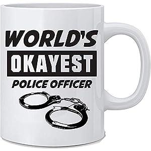 El oficial de policía más bueno del mundo Taza de policía divertida Taza de café blanca Gran regalo de novedad para oficiales de policía Mamá Papá Compañero Trabajador Jefe y amigos