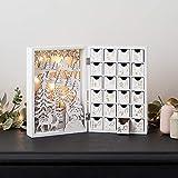Lights4fun - Calendario dell'Avvento in Legno Bianco con Scena Invernale e LED Bianco Caldo a Pile con 24 Cassetti