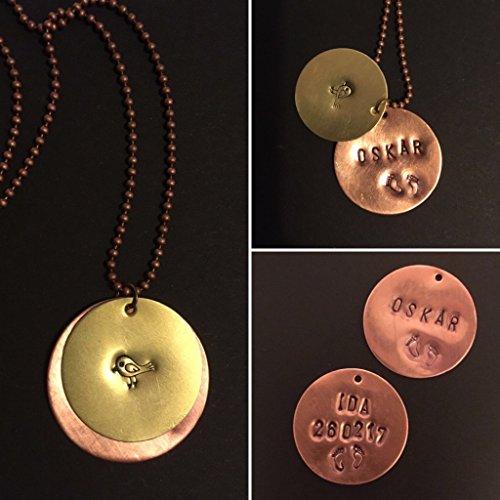 Namenskette, Geburtskette, personalisierte Halskette – gestempelte Plakette, Disc, Scheibe an Kugelkette – Text individuell geprägt, graviert – Handmade – Messing – Kupfer