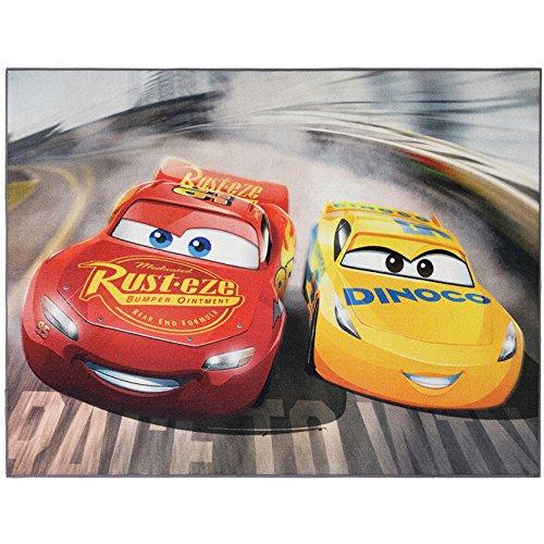Disney Cars Teppich 95cm x 125cm für das Kinderzimmer - Kinderteppich mit Lightning Mc Queen und Cruz Ramirez