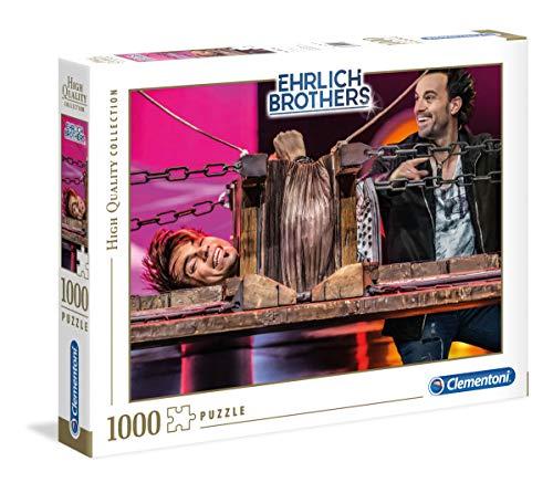 Clementoni 59177 Ehrlich Brothers Puzzle 1.000 Teile, farbenfrohes Erwachsenenpuzzle, für kleine & große Magie-Fans, mit Streckbank-Motiv, Geschicklichkeitsspiel ab 10 Jahren