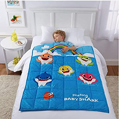 Baby Shark Kids Weighted Blanket, 4.5lb, 36 x 48, Fountain of Tooth