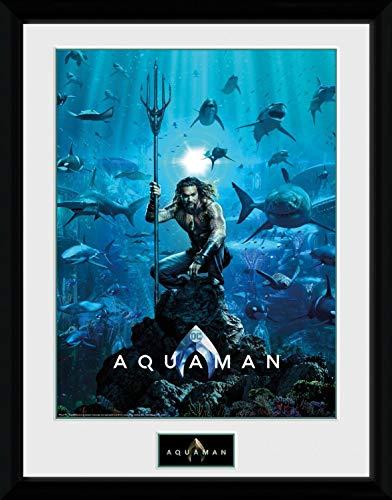 1art1 Aquaman - Kinoplakat Gerahmtes Bild Mit Edlem Passepartout   Wand-Bilder   Kunstdruck Poster Im Bilderrahmen 40 x 30 cm