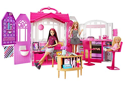 Barbie Mobilier Maison Glamour avec poignée de transport, 3 pièces dont cuisine, chambre et salle de bain, une poupée incluse, jouet pour enfant, CFB65