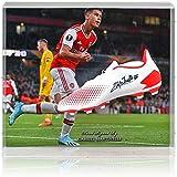 British Sports Museum Gabriel Martinelli - Botas de fútbol firmadas a mano con gran pantalla AFTAL COA