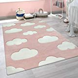 alfombra nubes rosa infantil