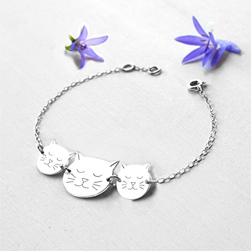 Personalised Sterling Silver Mummy and Babies Cat Face Bracelet for Mother's Day or birth of New Baby