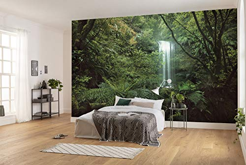 Komar Vlies Fototapete SECRET VEIL | Tapete, Regenwald, Dschungel, Naturmotiv, Wanddekoration | Größe 450 x 280 cm (Breite x Höhe) | SHX9-125