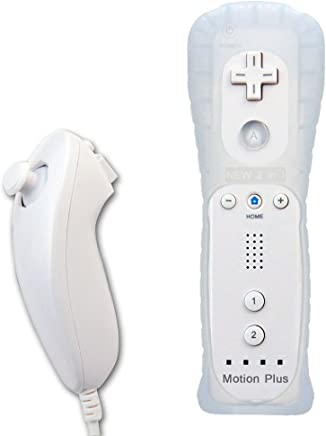 Built in Motion Plus Remote and Nunchuck Controller+Case for Nintendo Wii&Wii U (White)