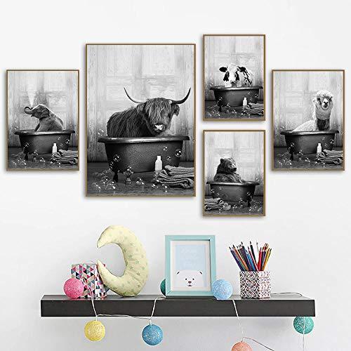 XIXISA 5Pcs Tier in der Badewanne Poster Druck Giraffe Bär Elefant Kuh Alpaka Bad Leinwand Malerei Kinderzimmer Wandkunst Nordische Bilder Kinderzimmer 50x70cm ohne Rahmen