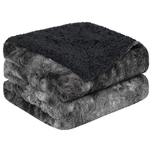 PiccoCasa Lujoso Lanudo Piel Sintética Manta - Suave Caliente Reversible Teñido-Anudado Sherpa Tiro Manta para Sofa, Diván y Cama - Felpa Mullido Lana Mantas Negro 130 x 150 cm