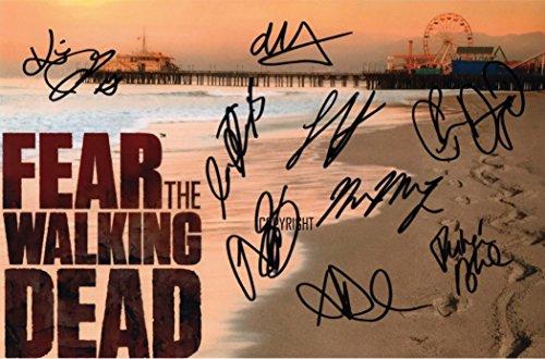 Edición limitada Fear The Walking Dead fundido firmada...