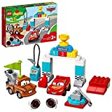 LEGO DuploCars IlGiornodellaGaradiSaettaMcQueen, Giocattolo DisneyPixarCarsper Bambini dai 2 Anni in su, 10924