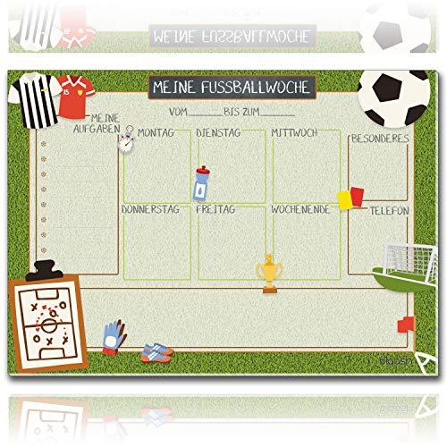 blaash® Fußball Schreibtischunterlage Papier DIN A3 für Kinder | 25 Blatt | Wochenplaner für Aufgaben, Treffen & Highlights der Woche | Unterlage Schreibtisch Jungen/Schreibtischunterlage Kinder