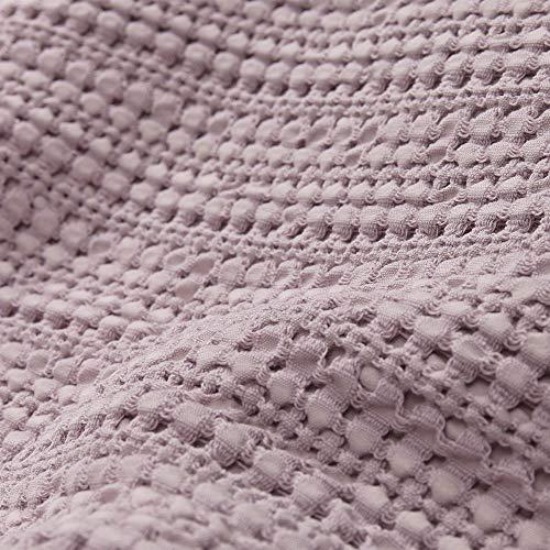 URBANARA 275x265 cm Tagesdecke/Plaid Anadia Helles Mauve — 100% Reine Baumwolle — Ideal als Bettüberwurf oder Kuscheldecke — Stonewashed-Effekt — geeignet für Einzel- und Doppelbett